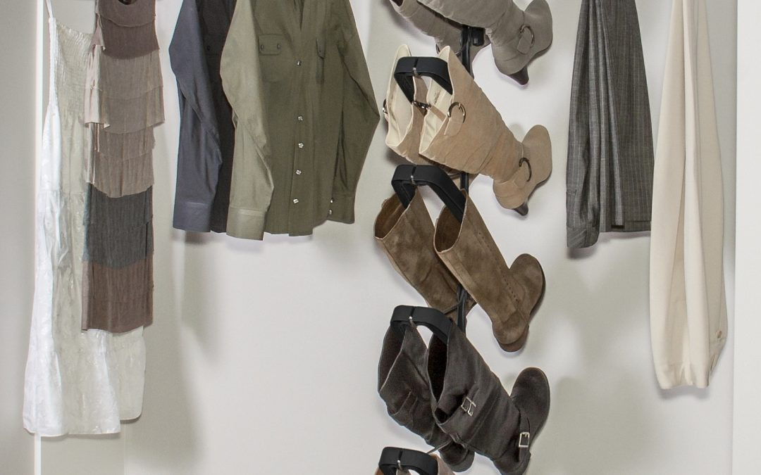 Hanging Boot Rack vs. Boot Clip: The Solution for Proper Boot Storage
